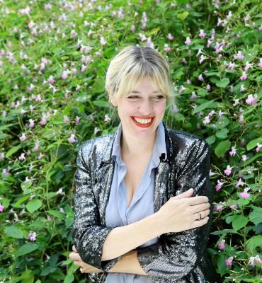 Marianne Guedin, ancienne élève de l'Atelier de Sèvres et des Arts déco - scénographe et designer